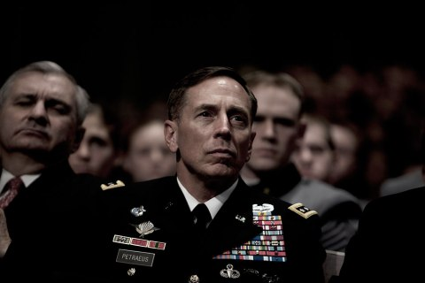 David Petraeus listens as Obama speaks on Afghanistan