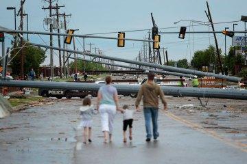 *** BESTPIX ***  Massive Tornado Causes Large Swath Of Destruction In Suburban Moore, Oklahoma