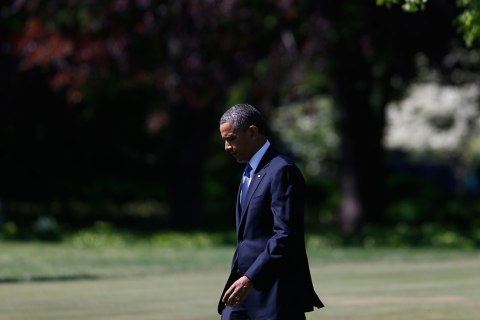 U.S. President Barack Obama walks on the South Lawn of the White House in Washington, D.C., on May 2, 2013.