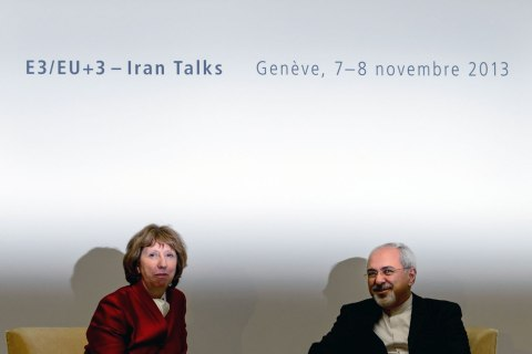 EU foreign policy chief Catherine Ashton, left, speaks with Iranian Foreign Minister Mohammad Javad Zarif on November 7, 2013 before the start of two days of closed-door nuclear talks in Geneva.